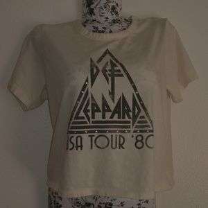Def Leppard Half crop shirt / tee super comfy